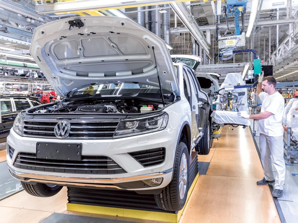 Výrobná hala automobilka Volkswagen v Bratislave. Foto: VW