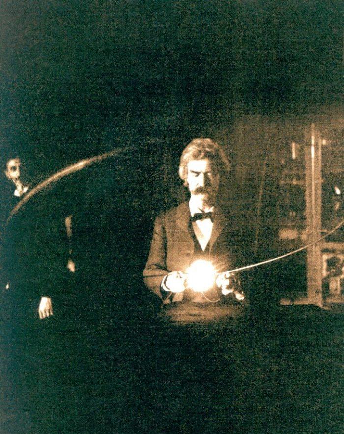 Mark Twain v laboratóriu s Nikola Teslom