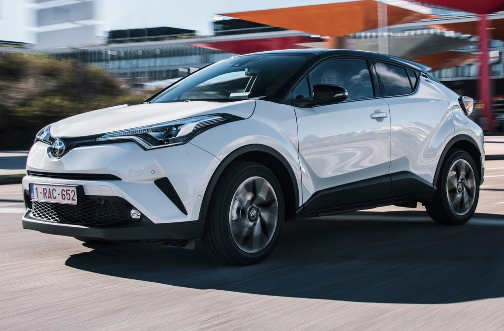 Toyota-C-HR-2017-1280-3d