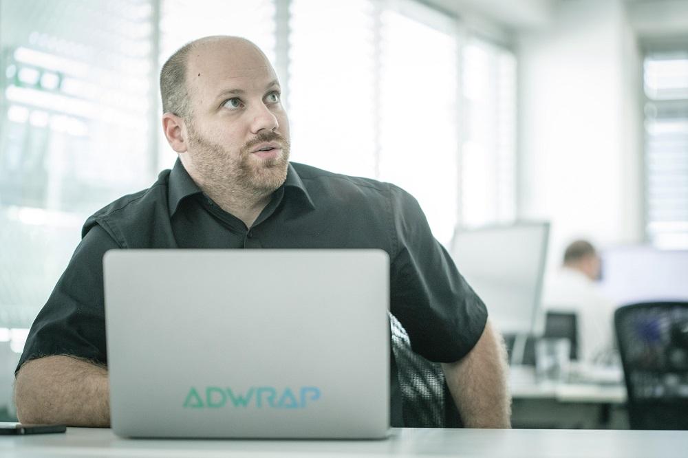 Pýtali sme sa Michala Varholyho, zakladateľa spoločnosti ADWRAP