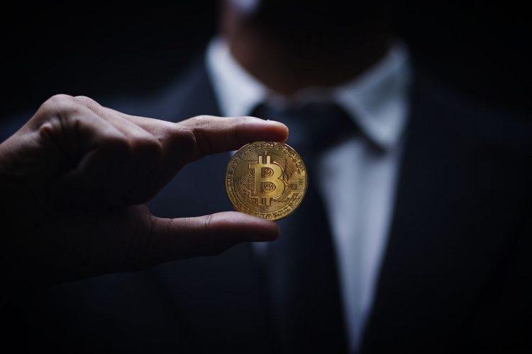 Bitcoin (zdroj obrázku: canva.com)