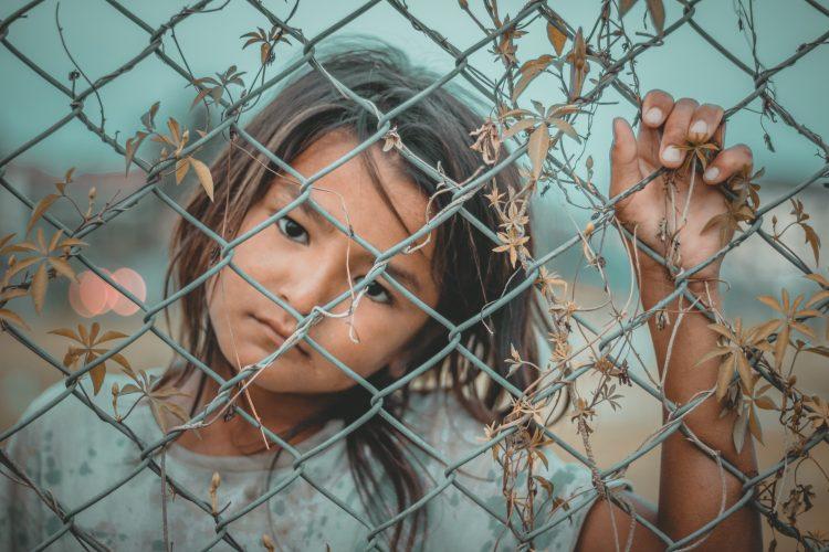 Najmenej šťastní ľudia žijú v krajinách zasiahnutých vojnou a ekonomickou krízou.Zdroj: pexels. com