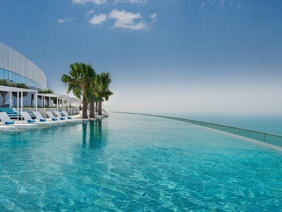 address beach resort - najyvššie položený nekonečný bazén na svete