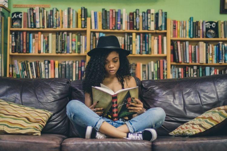 5 kníh o slávnych umelcoch