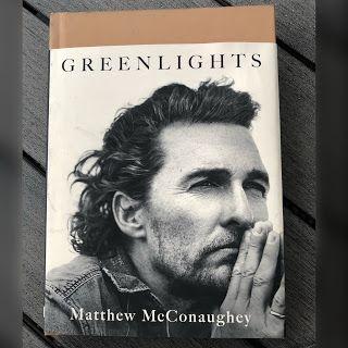 Matthew McConaughey napísal knihu Životom na zelenú